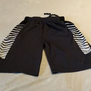 Boys Old Navy athletic shorts